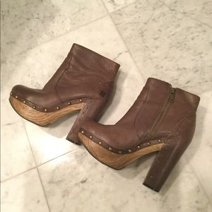 Size 36 Women's LuckyBrand leather ankle boots